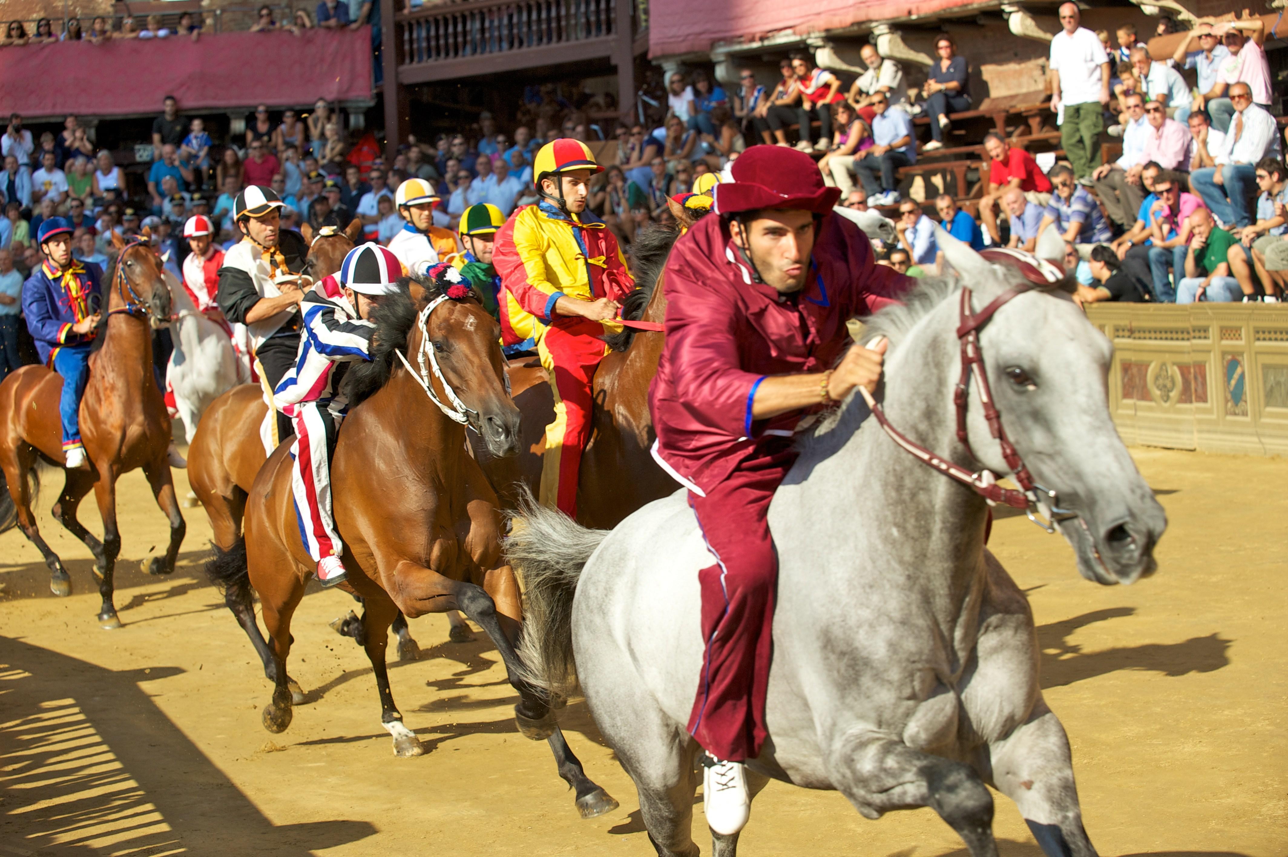 Lễ hội đua ngựa Palio – Nét văn hóa đặc sắc của Siena
